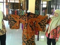 Kimono Batik Khas Banyumas/kompas.com