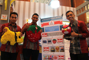 Dengan Keset Kaki, AIM Putus Rantai Pengemis di Makassar