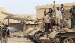 """أكبر معسكرات """"مرتزقة الرياض"""" يسقط في عدن"""