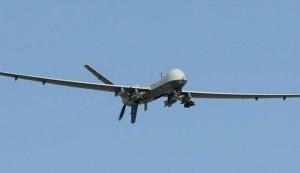 انزال طائرة تجسس سعودية في حالة سليمة بجيزان