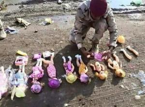 bom  boneka di irak