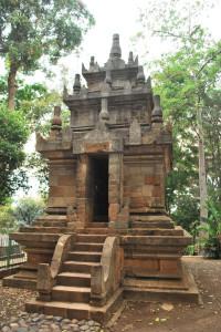 Candi Cangkuang4