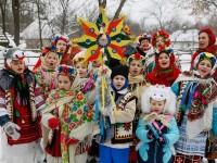 [Foto] Di Seluruh Dunia, Umat Kristen Ortodoks Rayakan Natal