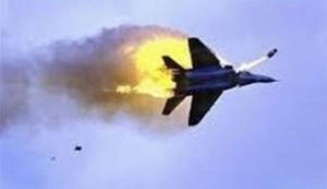 اليمن.. إسقاط طائرة وتدمير 3 زوارق حربية للعدوان السعودي