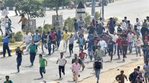 kerusuhan sosial india