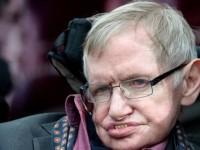 Stephen Hawking Puji Program Luar Angkasa Rusia