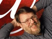 Penemu e-mail Ray Tomlinson Meninggal di Usia 74 Tahun