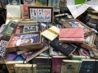 Berawal dari Hobi, Bisnis Buku Unik Datangkan Omzet Puluhan Juta