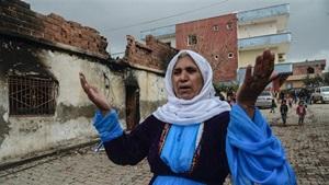Rakyat yang menjadi korban atas konflik PKK-Turki. Foto AFP