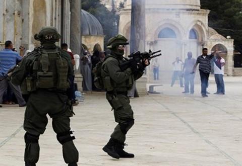 Pasukan Zionis Serang Lagi Masjid al-Aqsa
