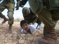 Remaja Palestina Mengalami Penyiksaan di Penjara Israel