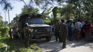 Pengamanan ketat oleh militer Myanmar di distrik Rakhine. (foto:presstv/AFP)