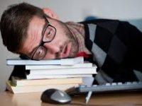 Mengapa Masih Mengantuk Meski Tidur Sudah Cukup?
