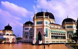 1-masjid-raya-medan