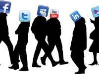 Antisipasi Sisi Gelap Ekonomi Politik Media Sosial