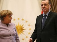 """Erdogan Protes Merkel Soal Ungkapan """"Terorisme Islami"""""""