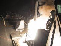 Amerika Tembakkan Puluhan Rudal ke Suriah
