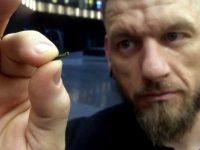 Perusahaan Eropa Tanamkan Tubuh Karyawan dengan Microchips?