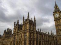 Dewan Bangsawan Inggris Minta London Tidak Patuhi Amerika