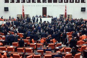 Parlemen Turki Setuju Kerahkan Pasukan ke Qatar