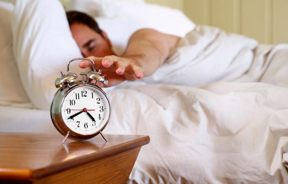 5 Cara Agar Selalu Segar Saat Bangun Tidur
