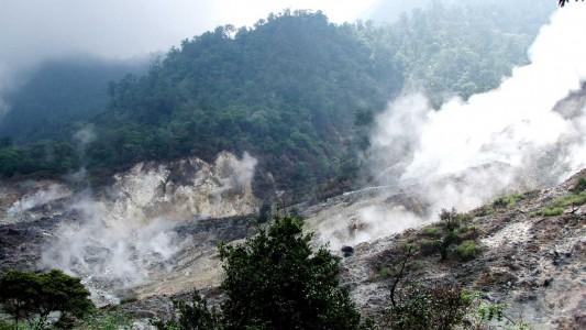 Mitos Air Terjun Gunung Halimun, Konon Bikin Awet Muda!