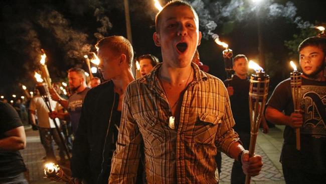 Kelompok Supremasi Kulit Putih Kembali ke Charlottesville