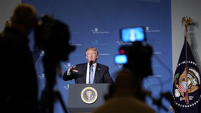 Trump Sebut Jurnalis Sebagai 'Penulis Fiksi'