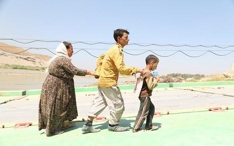 SDF Berhasil Selamatkan Keluarga Yezidi dari ISIS di Deir ez-Zor