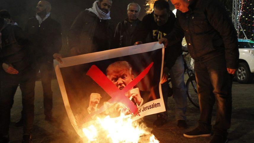 Mahmoud Abbas: AS Tak Layak Jadi Mediator Israel dan Palestina