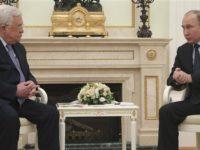 Presiden Palestina, Mahmoud Abbas dan Presiden Rusia, Vladimir Putin, saat melakukan pertemuan di Kremlin, Moskow, Rusia pada Senin (12/2).