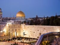 Israel Akan Cabut Izin Tinggal Warga Palestina di Yerusalem