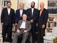 Netizen Kutuk Pertemuan Bin Salman dengan Keluarga Bush
