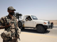 Amerika Kirimkan 25 Truk Lengkap Dengan Senjata Berat ke SDF