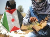 Israel Tak Sanggup Atasi Layang-layang Berapi Palestina