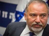 Lieberman Ancam Gaza dengan Perang yang Menyakitkan