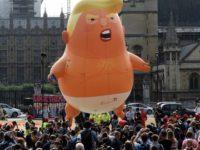 Warga London Luncurkan Balon 'Bayi Trump' Raksasa