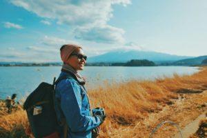 Ini Kiat Aman Traveling Buat Perempuan