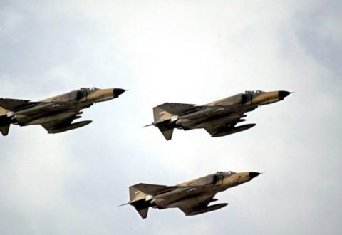Iran Memulai Latihan Perang Besar-Besaran Di Dekat Selat Hormuz