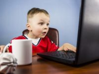 Menjaga Anak dari Pengaruh Media