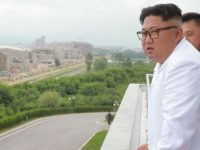 Sinyal Kontradiktif Korut, Uji Senjata Baru dan Bebaskan Tawanan AS
