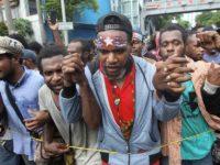Berhati-hati Menangani Papua