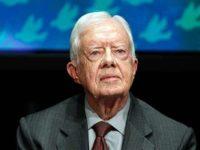 Carter Bantah Dukung Trump Soal Pembangunan Tembok di Perbatasan