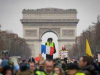 Demonstran 'Rompi Kuning' Kembali Beraksi di Paris