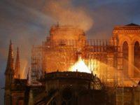 Kebakaran di Katedral Notre-Dame Diatasi, Saran dari Trump Dicemooh