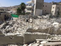 Potret penghancuran bangunan di Kota Hizma. Sumber: Ocha
