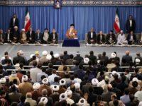 Ditemui Para Qari Dunia, Ayatullah Khamenei Tegaskan Kesolidan Bangsa Iran Di Depan Musuh