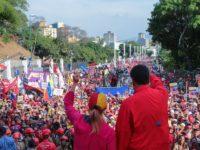 Ribuan Pendukung Maduro Berkumpul di Hari Buruh