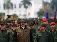 Maduro Pimpin Parade Militer Pasca Kudeta Gagal