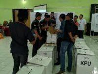 Jokowi-Ma'ruf Menang di Beberapa Daerah, Saksi 02 Tak Mau Tanda Tangan